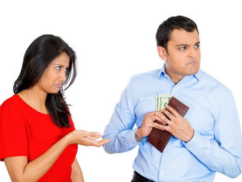 Isteri Bukan Peminta Sedekah, Kenapa Sampai Hati Suami Kedekut Sangat