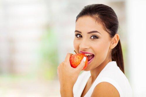 8 Pantang Larang Makan Buah Untuk Mak-mak Yang Nekad Nak Kurus!