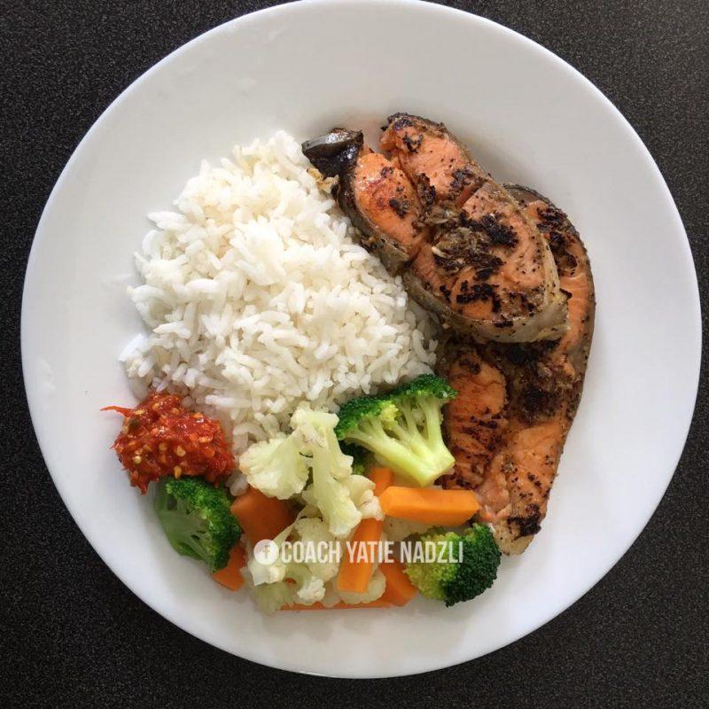 Cara saya bagi alisha makan nasi..