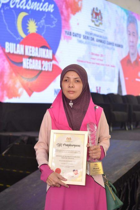 Miliki 8 Pekerja, Raih Pendapatan RM15,000-RM18,000 Sebulan, Bukti Wanita OKU Juga Mampu Berjaya