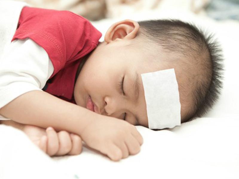 10 Cara Turunkan Suhu Bila Anak Demam Panas, Guna Telur ...