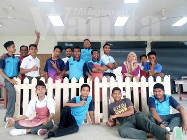 Bukti 17 Pelajar Kelas Hujung Ini, Paling Ohsem Dan Super Kreatif Dalam Malaysia