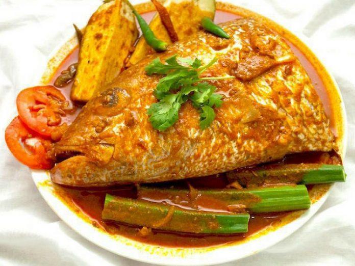 Elak 5 Tabiat Penyebab LUPA, Makan Kepala Ikan Salah Satunya