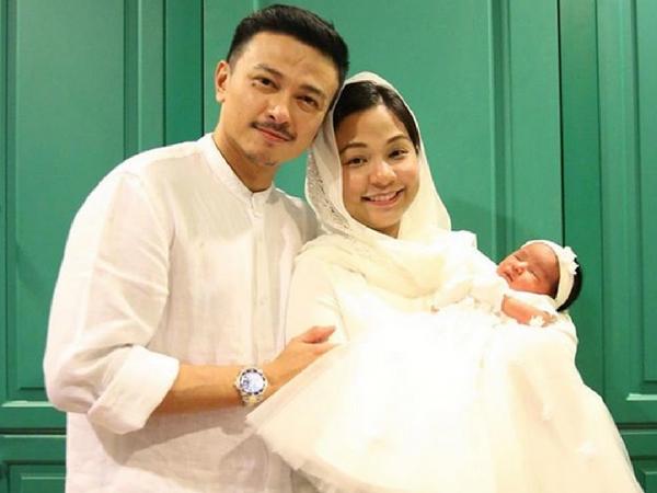 Lepas Bersalin Kulit Meregang, Rahim Kembang Lagi Terkejut Lihat Wajah Sendiri Depan Cermin - Nina Ismail Sabri